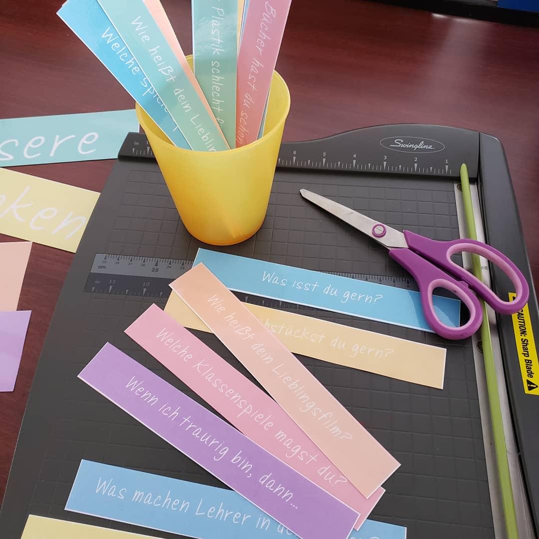Welche Fragen gehen deinen Schülern im Kopf umher? Schreib sie auf und lass die Schüler ihr Erklärungen selbst finden und ordnen.